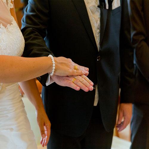 Keine romantische Hochzeit ohne Ring